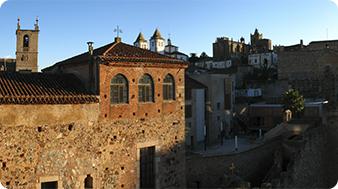 Programs for groups in Caceres